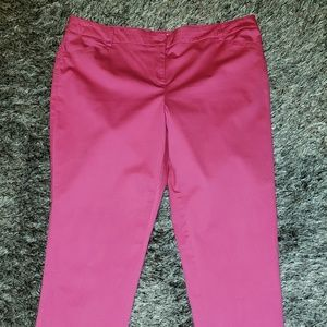 Bright pink New York & Company capris